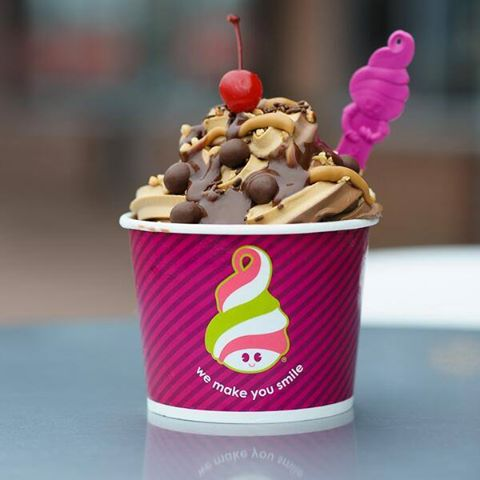 Menchies-East-Hill-3